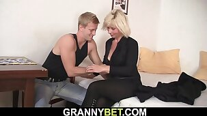 Old mature blonde sucks and rides neighbour's cock