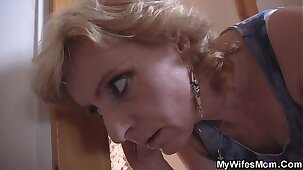 Older mom in law helps him cum