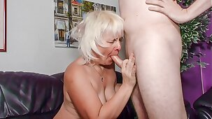 XXX OMAS - Amateur blonde granny Gabriele H. likes it rough