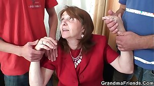 Fucking busty granma in stockings from both sides